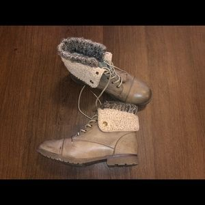 Boots with wool around ankle